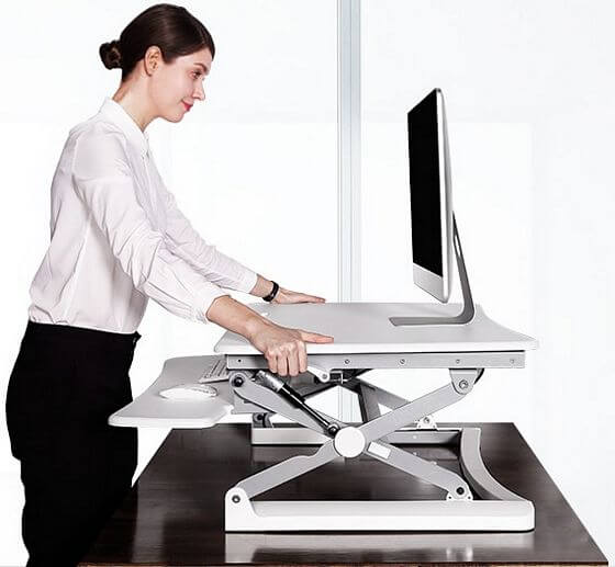 adjustable standing desktop riser
