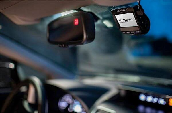 Best Front and Rear Dash Cam Under $200 (With WiFi)